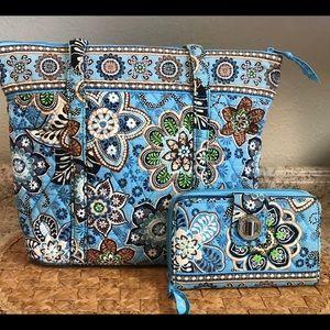 Vera Bradley Tote & Turn Lock Wallet in Bali Blue